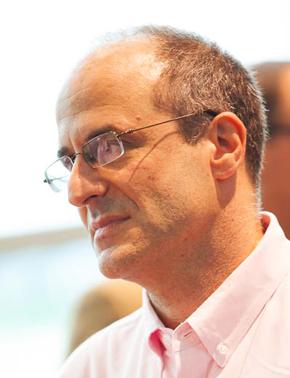 Tom Ehrenfeld Headshot