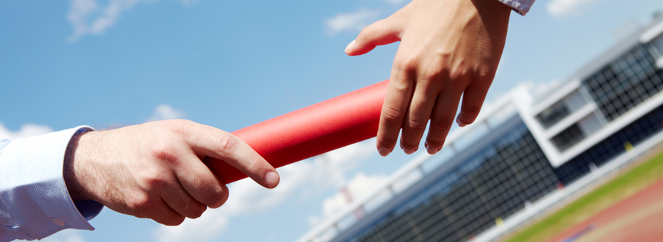 """8 Tips for """"Passing the Baton"""" with Suppliers and Customers"""