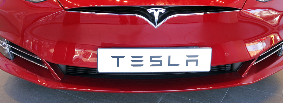 What If Elon Musk Took Manufacturing Cars Seriously?